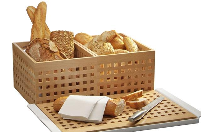 BREAD BOXES/CUTTING BOARDS